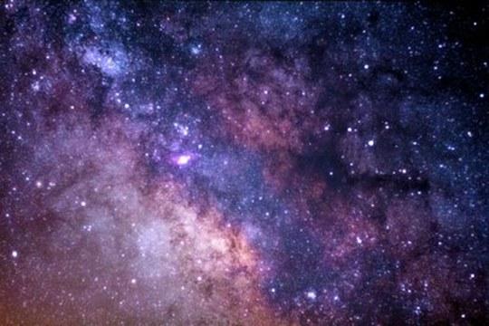 Alle origini della Via Lattea: età e provenienza delle sue stelle più antiche