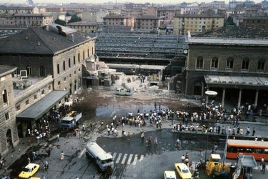 Strage di Bologna: le novità dell'ultima perizia emerse grazie al lavoro degli esperti Unibo
